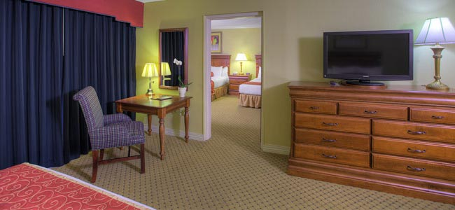 Wonderful 2 Bedroom Suite At The Music Road Hotel In Pigeon Forge Tn   View From  Master