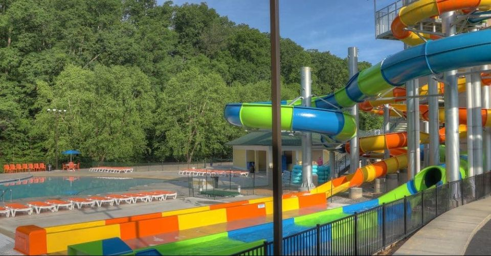 2 Large Water Slides at the Pigeon Forge Country Cascades Resort Water Park