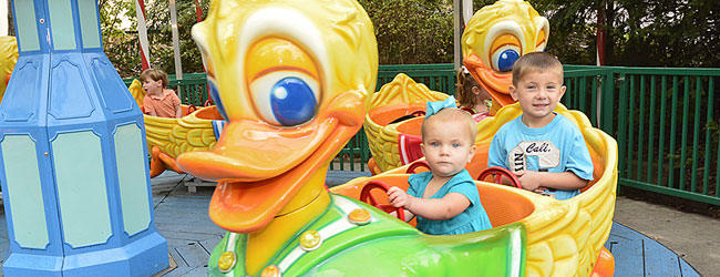 The Lucky Ducky with kids having fun at Dollywood wide