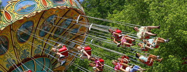 The Waltzing Swinger in Dollywood wide