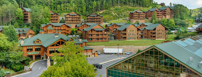 View of the the main Westgate Smoky Mountain Resort entrance and suites wide